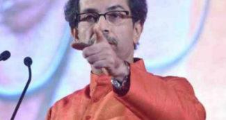 चुनाव से ठीक पहले बदल गये शिवसेना के सुर, मनमोहन सिंह की तारीफ करते हुए बीजेपी के लिये कही ऐसी बात