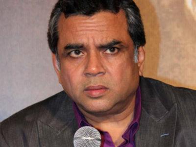 पुलवामा हमले पर परेश रावल का बड़ा बयान, पागल कुत्तों को अपनी मौत मरने दो, टीवी चैनलों से की अपील
