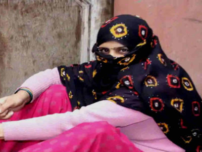 पति से झगड़ा, 4 साल के बेटे को लेकर घर से भागी, दलालों ने कोठे पर बिठा दिया, फिर फिल्मी अंदाज में घर वापसी