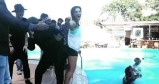 सनी लियोनी स्विमिंग पूल किनारे कर रही थी मस्ती, वीडियो देख लोगों ने किये अजब-गजब कमेंट