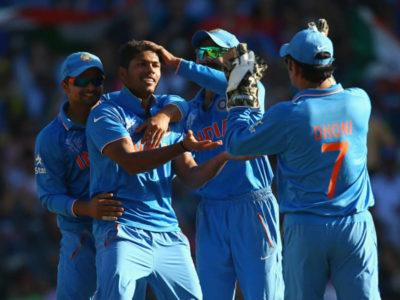 टीम इंडिया के मैच हारने के बाद लगी  उमेश यादव की क्लास, धोनी भी सवालों के घेरे में