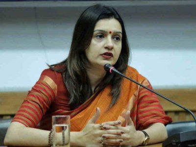 कांग्रेस का बचाव करने वालीं प्रियंका चतुर्वेदी ने अपने ही दल के खिलाफ खोला मोर्चा, राहुल गांधी पर संगीन आरोप
