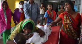 चमकी बुखार से बिहार में मचा है हाहाकार, 54 मासूमों की मौत, कैसे बचना है आगे पढ़ें