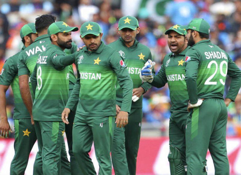 पाकिस्तान में खेल दोयम हो गया, मजहब और सियासत के ऊपर, नतीजा सबके सामने है