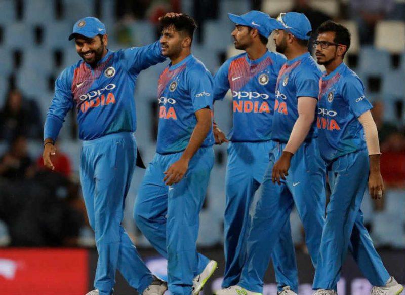 विराट-गंभीर तारीफ करते थक नहीं रहे थे, रोहित के कप्तान बनते ही हो गई टीम से इस क्रिकेटर की छुट्टी