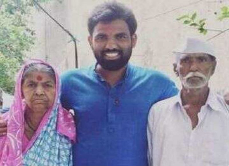 बीजेपी के टिकट पर मजदूर का बेटा बना विधायक, कहा मां-बाप को तो MLA का मतलब भी नहीं पता, वीडियो