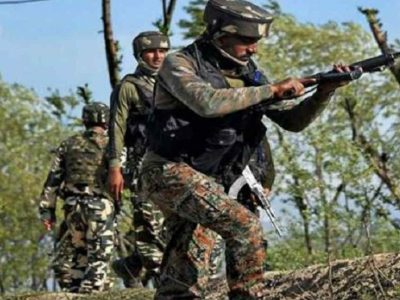 पुलवामा में सेना के जवानों को बड़ी कामयाबी, 3 आतंकी ढेर, भारी मात्रा में हथियार बरामद, इंटरनेट बंद
