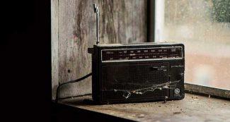 बीबीसी हिन्दी के रेडियो प्रसारण नहीं बंद हो रहे, बल्कि इस युग की रातों का एक चंद्रमा लुप्त हो रहा है