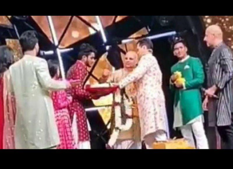 आदित्य नारायण-नेहा कक्कड़ की हो गई शादी, सामने आया वीडियो
