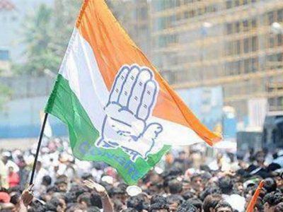 MP के बाद गुजरात कांग्रेस में खलबली, दो विधायकों ने सौंपा इस्तीफा