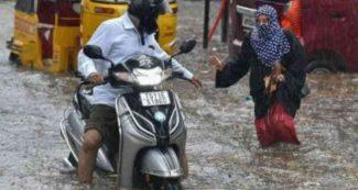 10 राज्यों में भारी बारिश का अलर्ट, अगले 24 घंटों में दिल्ली-NCR में भी मौसम लेगा करवट