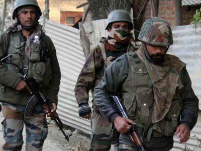 आप सो रहे थे उधर सेना चला रही थी 'ऑपरेशन ऑलआउट', पुलवामा में 2 आतंकी हुए ढेर, एक जवान शहीद