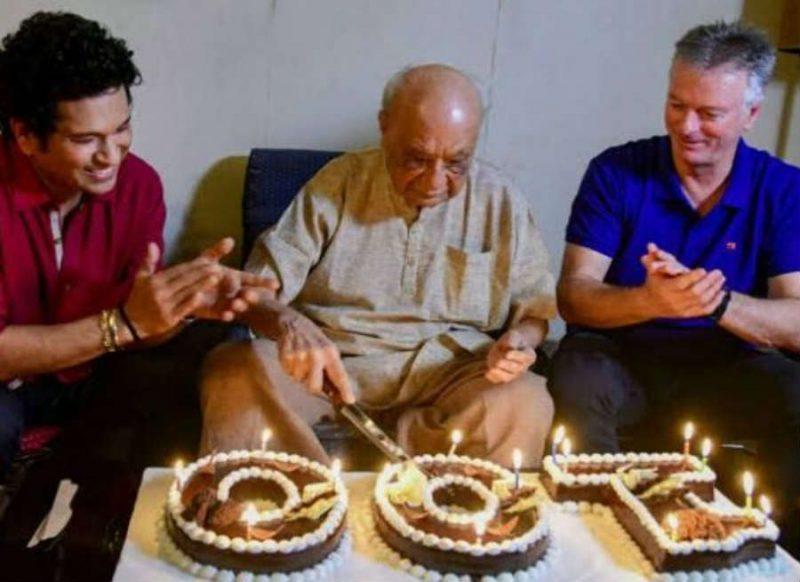 नहीं रहे भारत के सबसे बुजुर्ग क्रिकेटर, सचिन तेंदुलकर ने खास अंदाज में दी श्रद्धांजलि