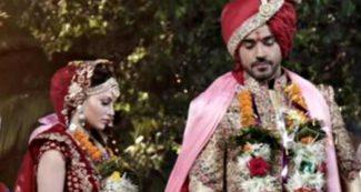 OMG! गौतम गुलाटी संग उर्वशी रौतेला ने ले लिए 'सात फेरे', फैंस से बोलीं- शादी मुबारक नहीं बोलोगे?