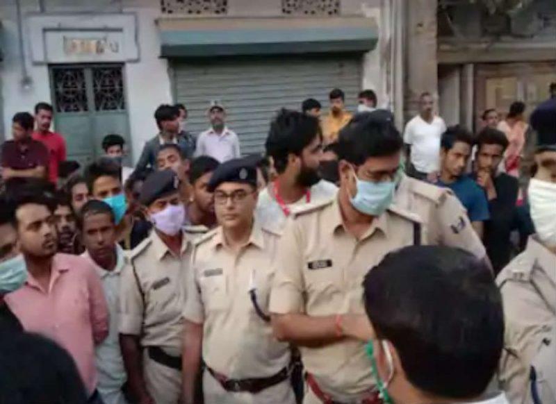 पहले चरण के वोटिंग के दौरान पटना में युवक की हत्या, शौचालय की टंकी से मिला शव