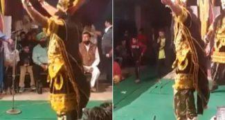 रामलीला के दौरान पंजाबी गाने पर रावण ने लगाये जमकर ठुमके, लोगों ने कहा, वाह क्या स्वैग है, वीडियो