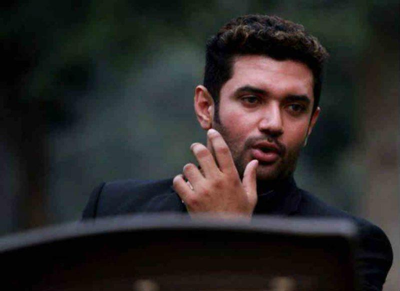 चिराग पासवान के 'असंभव नीतीश' के पीछे कौन?, राजनीतिक गलियारों में चर्चा शुरु