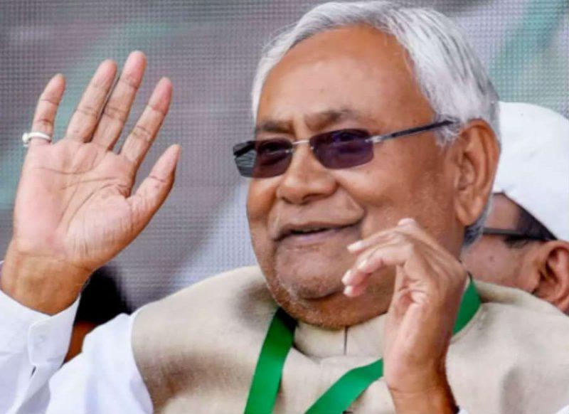 नीतीश कुमार के बेहद करीबी रहे हैं ये 5 IAS अफसर, नेताओं से भी ज्यादा है भरोसा