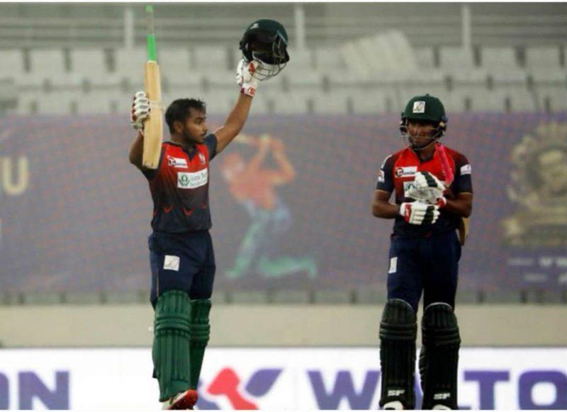 18 वर्षीय बल्लेबाज ने मचा दिया कोहराम, 16 गेंदों में 78 रन, 42 में शतक!
