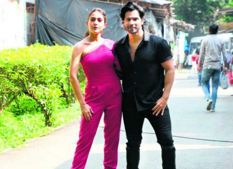 Kapil Show- वरुण धवन की घर में नहीं है इज्जत, सारा को जो डेट पर ले जाता है वो… वीडियो