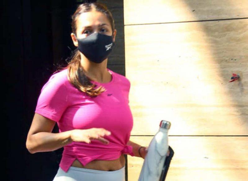 जबरदस्त ट्रोल हो रही मलाइका अरोड़ा, कैमरे पर दिखा फिटनेस का सच!