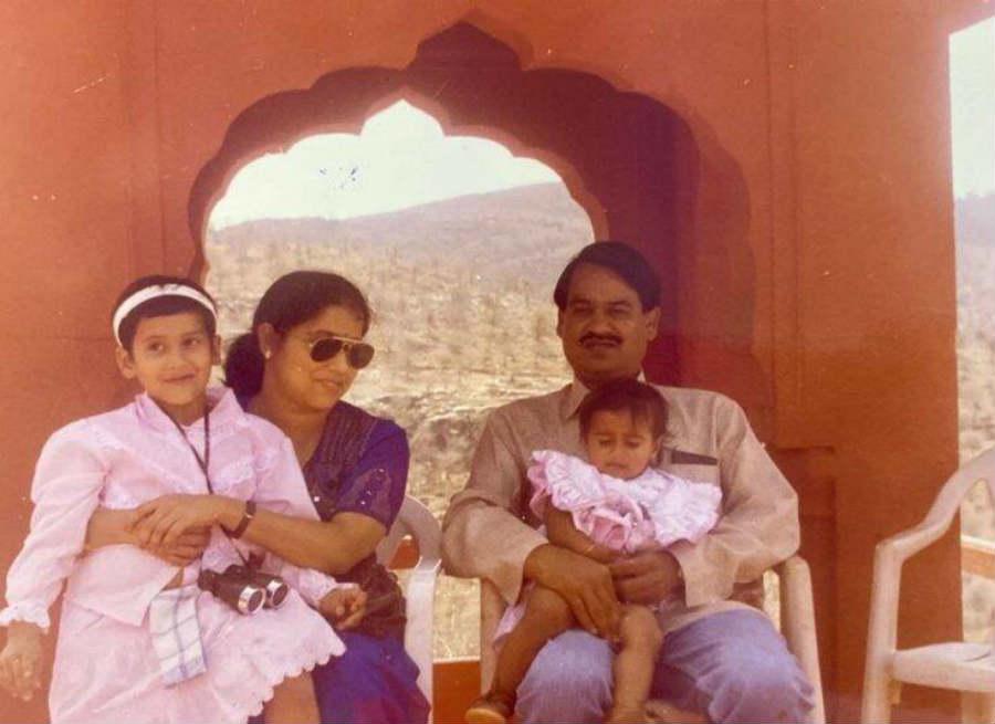 OM-Birla-Daughter4