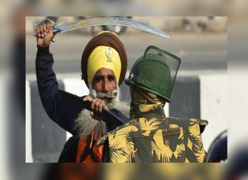 दिल्ली का वो दिलेर पुलिसवाला जिसने तलवार के आगे नहीं झुकाई गर्दन, बना ढाल; खाकी पर नहीं आने दी आंच