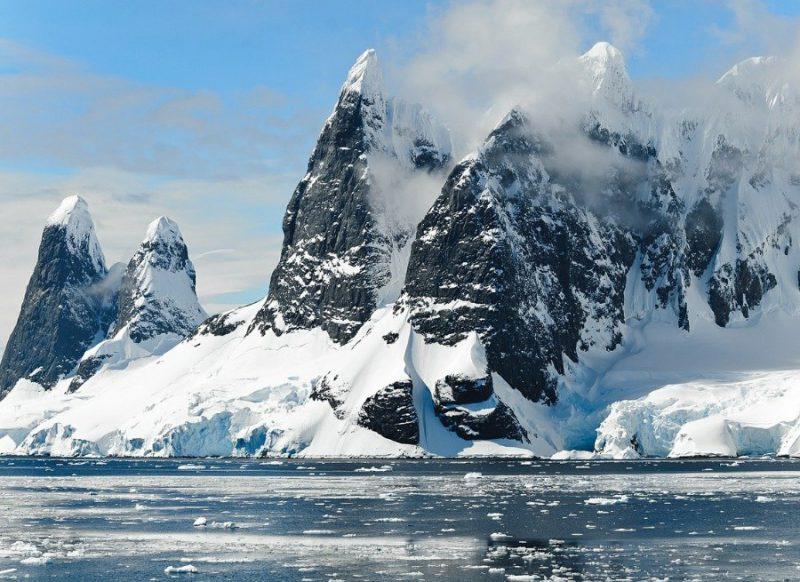 जानकारी: क्या होते हैं ग्लेशियर और कैसे बनते हैं, इनके टूटने से क्यों मचती है तबाही?