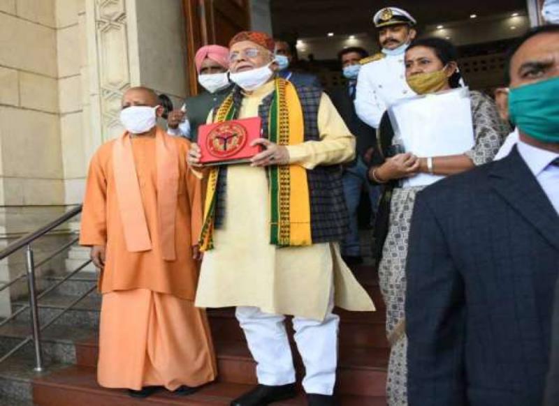 UP Budget 2021- अयोध्या, वाराणसी समेत धार्मिक स्थानों के लिये योगी सरकार ने खोला खजाना!