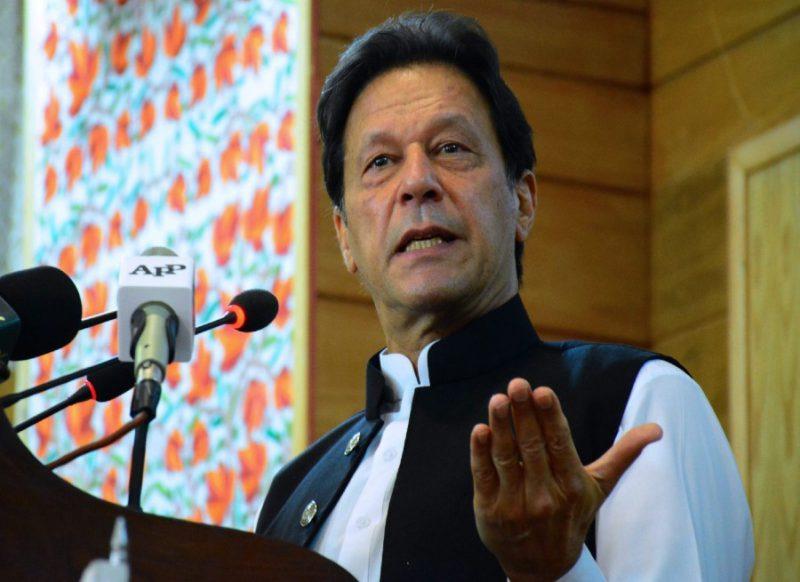 LoC पर सीजफायर के समझौते से फिर मुकर गया पाकिस्तान, अलापने लगा कश्मीर राग!