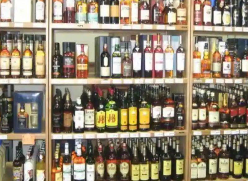 गाजियाबाद-नोएडा समेत पूरे UP में 1 अप्रैल से शराब होगी महंगी और BEER मिलेगी सस्ती, जानें रेट्स