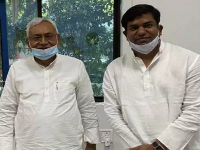 मुकेश सहनी की वजह से नीतीश कुमार की फजीहत, मंत्री ने सरकारी कार्यक्रम में भाई को भेजा!