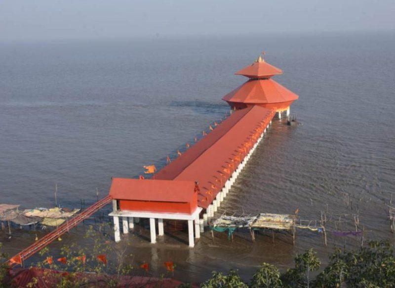 महाशिवरात्रि: देश में है एक ऐसा चमत्कारी शिव मंदिर जो कभी दिखता है तो कभी खुद ही गायब हो जाता है
