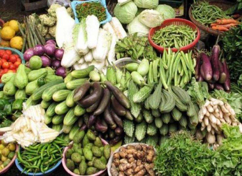 दिल्ली में हरी सब्जियों के दाम सातवें आसमान पर, तोरई, भिंडी, परवल का शतक!