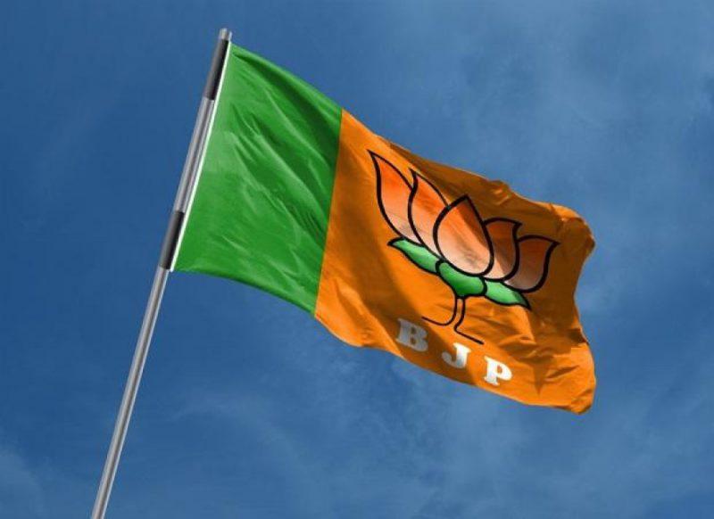 उत्तराखंड बीजेपी में घमासान, पूर्व सीएम त्रिवेन्द्र सिंह रावत के बयान पर बवाल!