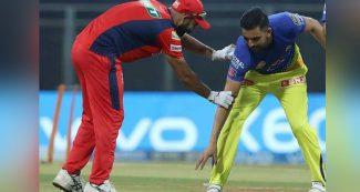 IPL:  मैच से पहले दीपक चाहर ने छुए मोहम्मद शमी के पैर, फिर चटका डाले पंजाब किंग्स के 4 विकेट