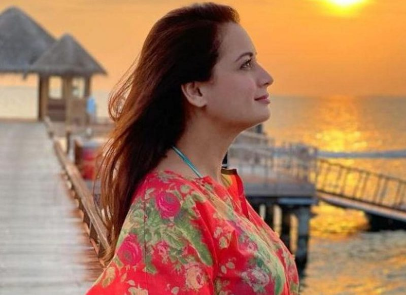 शादी से पहले ही प्रेग्नेंट हो गई थी दीया मिर्जा, तस्वीर पोस्ट कर नया ऐलान, मिल रही बधाइयां!