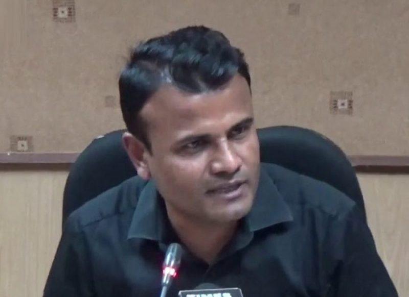कौन है IAS शैलेश कुमार यादव, जिसने मैरिज हॉल में घुसकर दूल्हे और पंडित को पीटा था