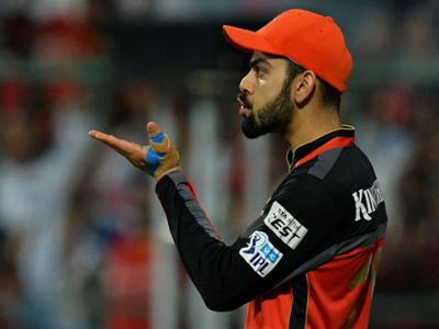 कोहली के नाम दर्ज हुआ IPL में विराट रिकॉर्ड, टीम या अनुष्का नहीं बल्कि इस इंसान को डेडिकेट की जीत