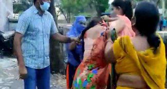 पति को दूसरी महिला के साथ इश्क लड़ाना पड़ गया भारी, कमरे में था बंद, पत्नी ने पकड़ा रंगे हाथ