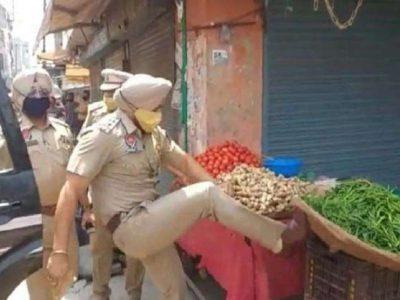 बीच बाजार गरीब पर जुल्म कर रहा था पुलिस वाला, वीडियो की वजह से एक्शन