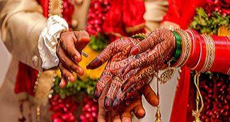 शादी के लिये बचाये थे लाखों रुपये, मंदिर में लिए सात फेरे, कोरोना फंड में दान कर दिये 37 लाख