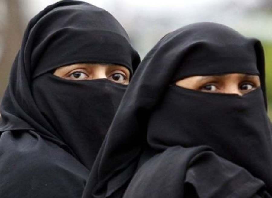 woman in burkha (2)