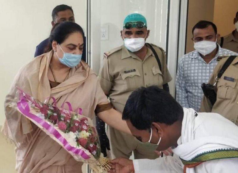 राइफल, कार्बाइन समेत 132 हथियारों की मालकिन है ये रानी, अखिलेश का साथ छोड़ BJP में हुई थी शामिल