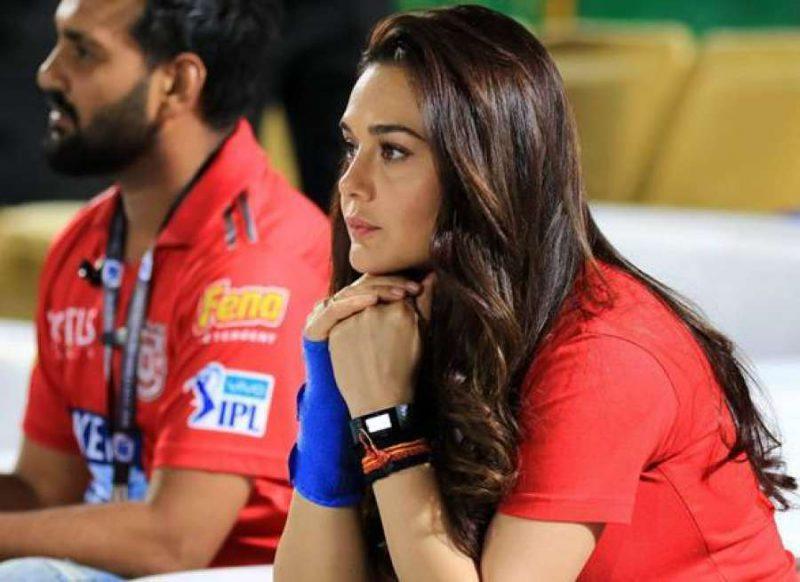 IPL दूसरा चरण शुरु होने से पहले प्रिटी जिंटा की टीम के लिये बुरी खबर, दिग्गज बल्लेबाज ने नाम लिया वापस