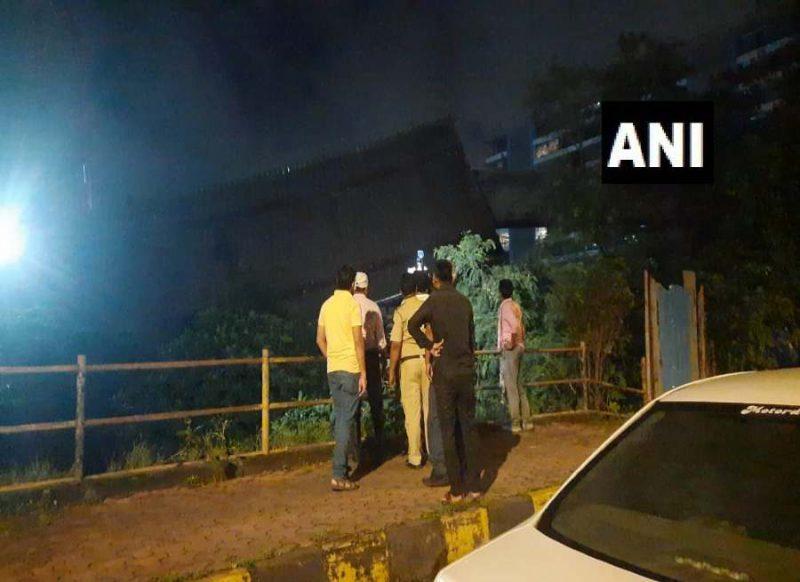 मुंबई में हो गया बड़ा हादसा, बांद्रा कुर्ला में निर्माणाधीन पुल गिरा, चल रहा रेस्क्यू